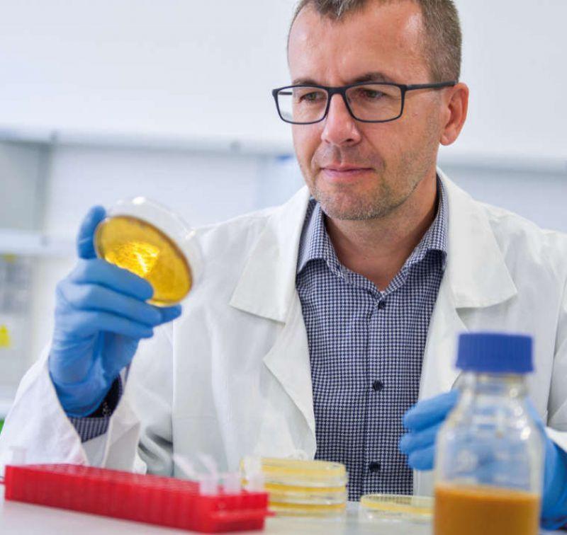iProbio - ako pre Vás ručne vyrábame personalizované probiotiká novej generácie